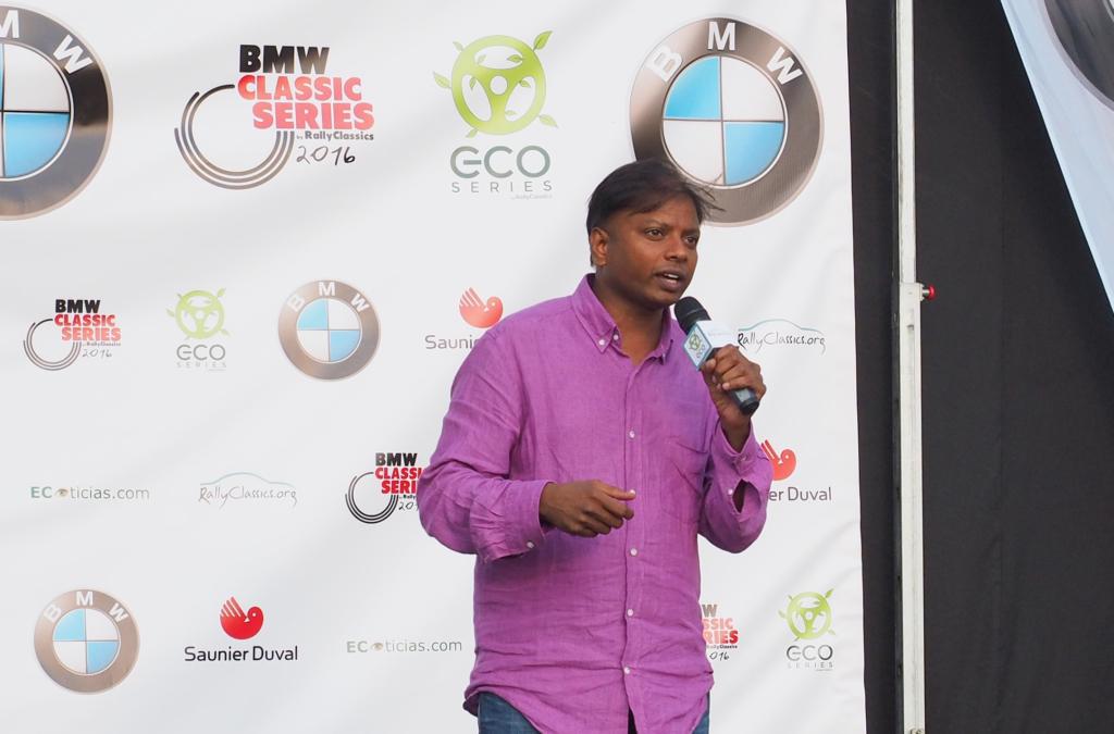 """Lancy Dodem explicó a los asistentes el proyecto """"Una bici cambia vidas""""."""