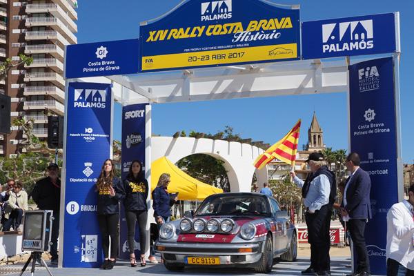 The XIV Rally Costa Brava Històric begins at Palamós